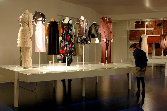 MoMu Exhibition Fashion Museum, Antwerp ©Toerisme Antwerpen, flickr.com