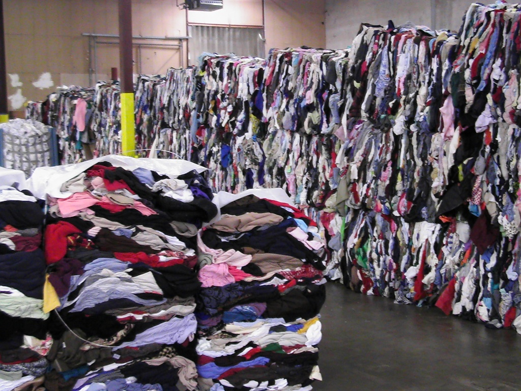 Fashion Industry Waste Statistics – E D G E