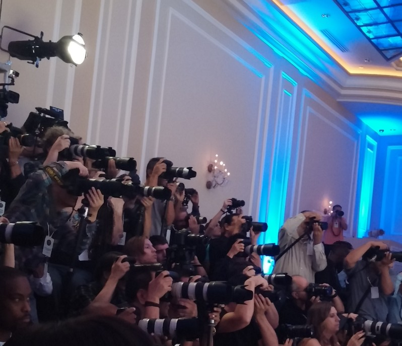 Photographer Press Pit