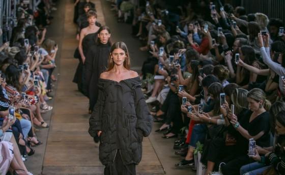 image source: fashionunited.com, 1-mainimageweek47