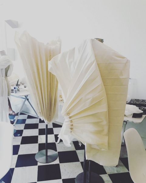 "Arts of Fashion Foundation Masterclass -Musée des Arts Décoratifs, Paris, ""The Wave"", Designer: Hera Zhou, photo: Courtesy of Hera Zhou"