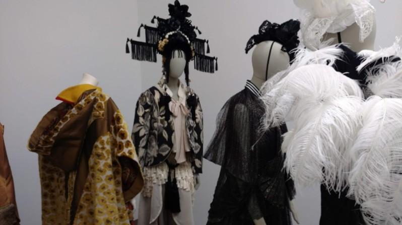 Blurred Boundaries Fashion as an Art installation photos, © Rhonda P. Hill