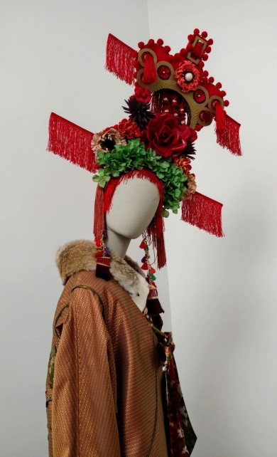 Blurred Boundaries: Fashion as an Art, curated by Rhonda P. Hill, Alena Kalana, designer, ©EDGExpo.com