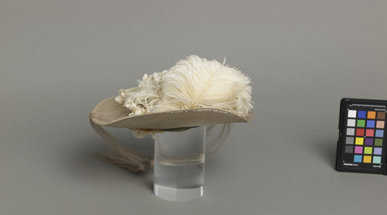 Mildred Blount miniature period hat; Silk velvet with silk plain weave, linen plain weave (buckrum), ostrich feather, and silk net;2 1/2 × 8 3/4 × 8 3/4 in. (6.35 × 22.23 × 22.23 cm); Gift of Marjorie St. Cyr (CR.75.2.26); courtesy of LACMA collections, ma-336183-WEB