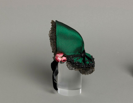 Mildred Blount miniature period hat; silk plain weave (bengaline), silk velvet, silk lace, and glass beads; 5 1/2 × 4 1/8 × 4 in. (13.97 × 10.48 × 10.16 cm); Gift of Marjorie St. Cyr (CR.75.2.19); courtesy of LACMA collections
